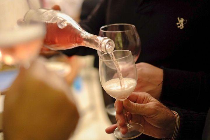 Rosé: Aldi $8 Wine Bottle Among Best at International Wine Challenge   Fortune.com