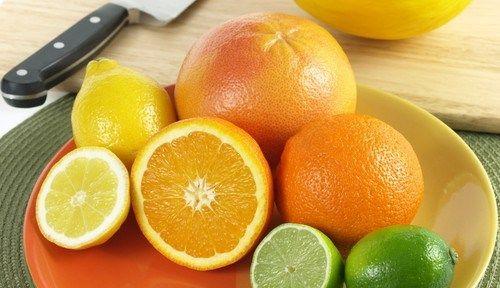 Aranjament apetisant de citrice.