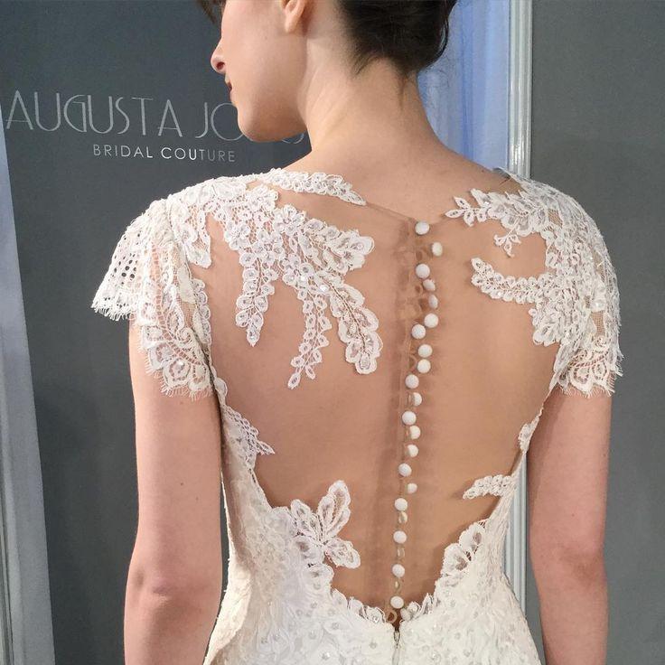 Fresh New York Bridal Fashion Week Show fall new collection wedding dress designer bridal gown catwalk