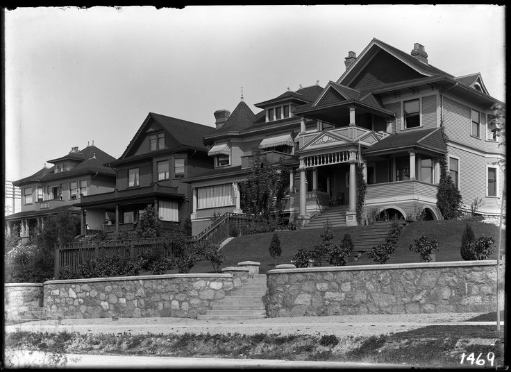 West End. Residential houses on Harwood Street West End VPL Accession Number: 7141 Date: 190- Photographer / Studio: Timms, Philip. http://www3.vpl.ca/spe/histphotos/