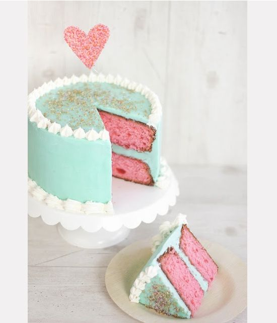 ... frosting. Such a cute cake. Simple but cute! No recipe but good idea
