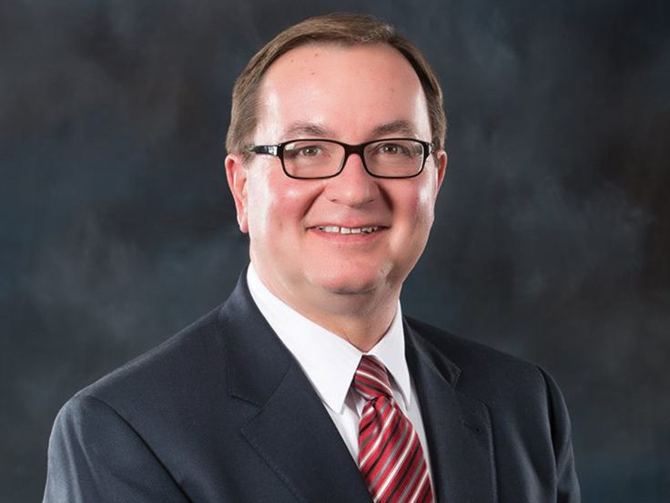 Development director says Foxmoor Shopping Center, Town Center top priorities