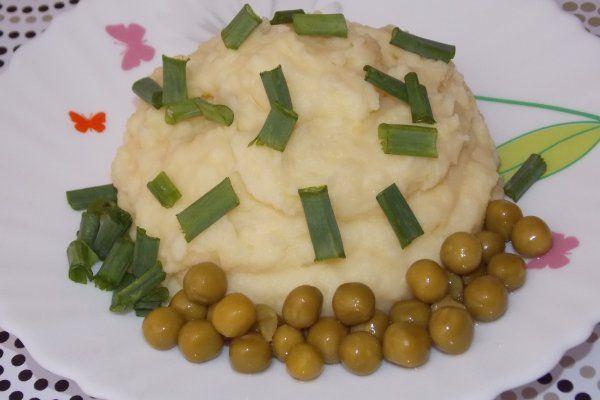 Картофельное пюре с сыром https://citywomancafe.com/cooking/28/02/2017/kartofelnoe-pyure-s-syrom