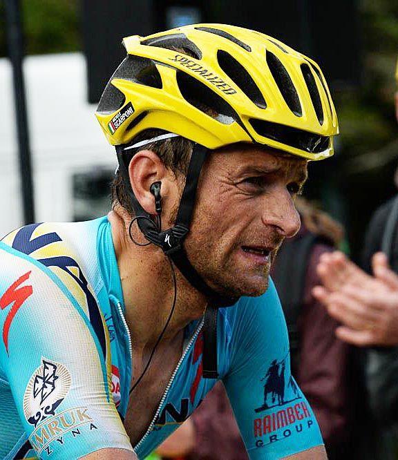 TdF 2014 - 10 : Michele SCARPONI (Italie / Astana), victime d'une chute pendant l'étape, a franchi la ligne avec près de 4' de retard © ASO/B.Bade