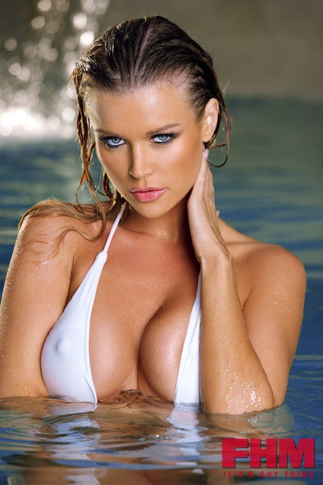 Joanna Krupa. More sexy models at http: //sexy-calendars.net