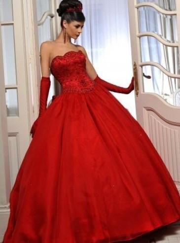 Красное пышное свадебное платье - http://1svadebnoeplate.ru/krasnoe-pyshnoe-svadebnoe-plate-2177/ #свадьба #платье #свадебноеплатье #торжество #невеста