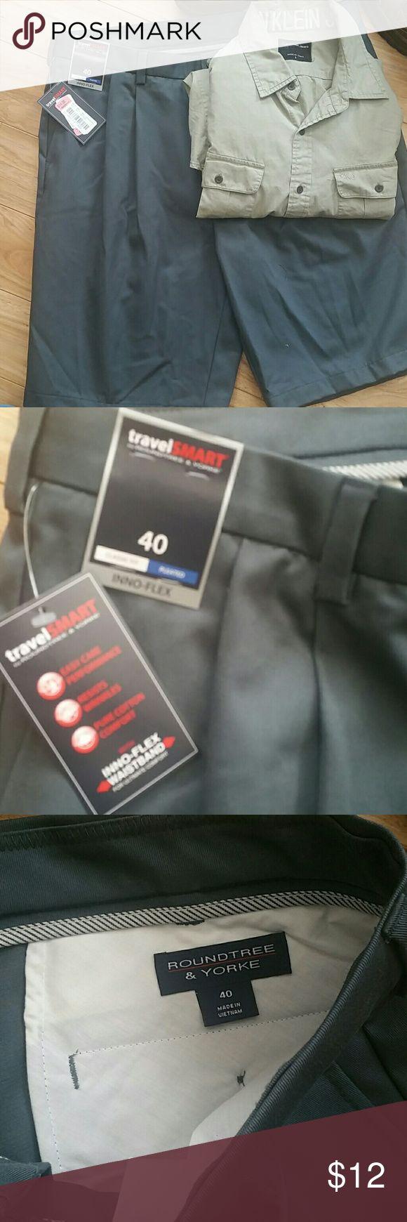 Men's Travel Smart Shorts size 40 Roundtree & York Travel Smart pleated front shorts. Roundtree & Yorke Shorts