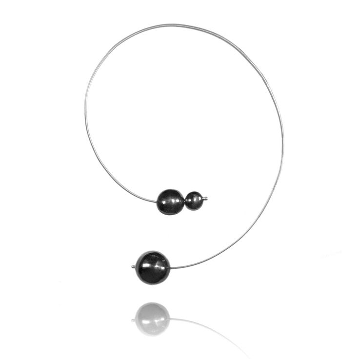 Zilveren ketting • zwarte ketting • Rhodium ketting • groot ketting • moderne chique ketting • Statement kettingen • lange ketting door blingsense op Etsy https://www.etsy.com/nl/listing/511291483/zilveren-ketting-zwarte-ketting-rhodium