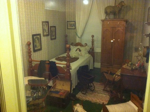 """""""Sarah's Room"""" in the Golden Lamb Inn owned by Sen. Rob Portman.  Haunted Hotel."""