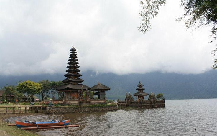 Lago Bratan, Bali.