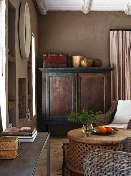 Karoo - antique cupboard