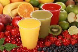 Per una colazione salutare facciamo il pieno di vitamine con dell'ottima frutta fresca. Buon inizio giornata!