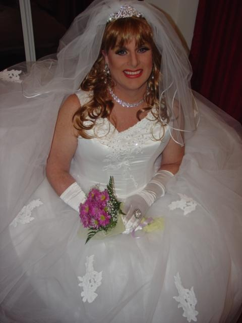 Bride Cock Sucking Transvestite - Porn Pictures-3059