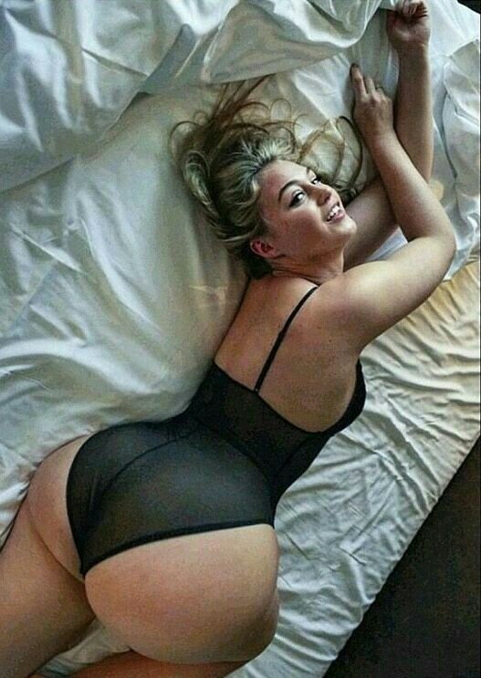 152 Best Iskra Lawrence Images On Pinterest Curves Curvy Women And Iska Lawrence