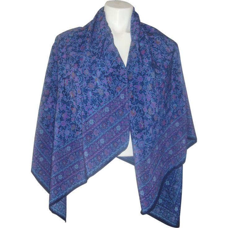 Silk Square Scarf - Blue & white Fleur-de-lis by VIDA VIDA JWZgu