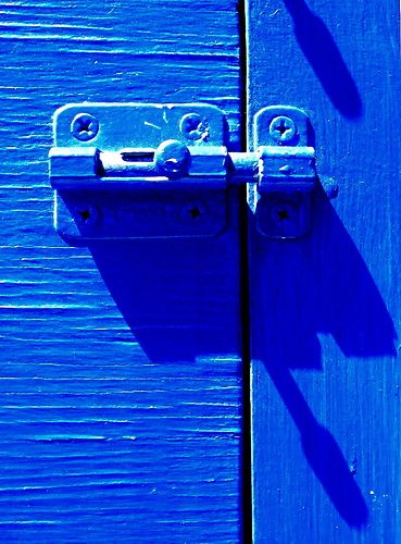 lock the blues out