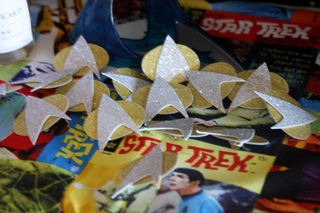 Star Trek party communicator badges, great ideas for the up coming star trek baby shower