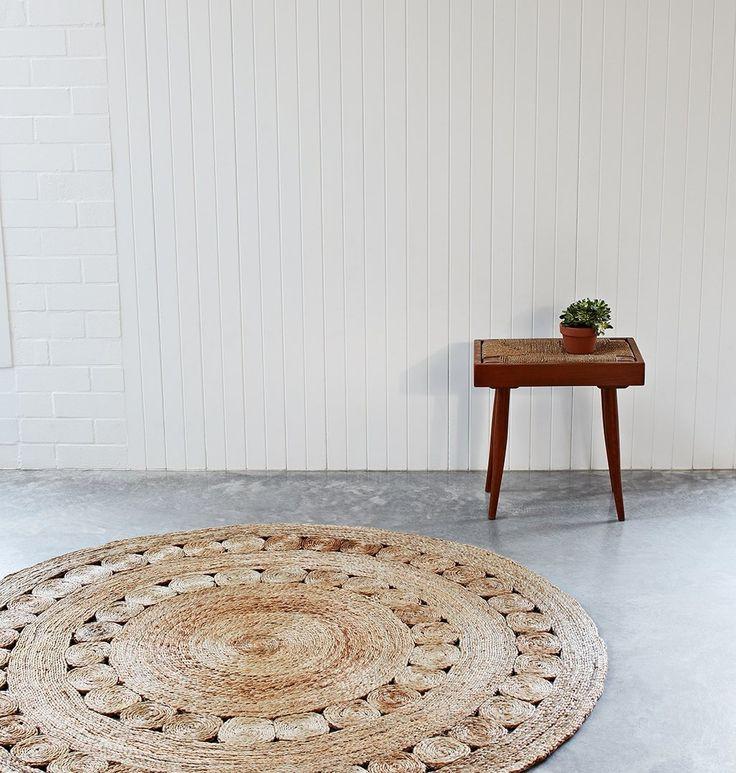 http://cdn.armadillo-co.com/assets/Dandelion-5-wpcf_1027x1080.jpg  2.15m hallway at MM