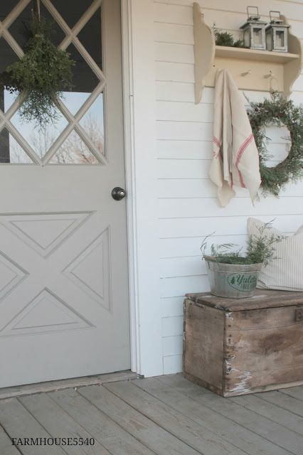 FARMHOUSE 5540: Christmas Porch