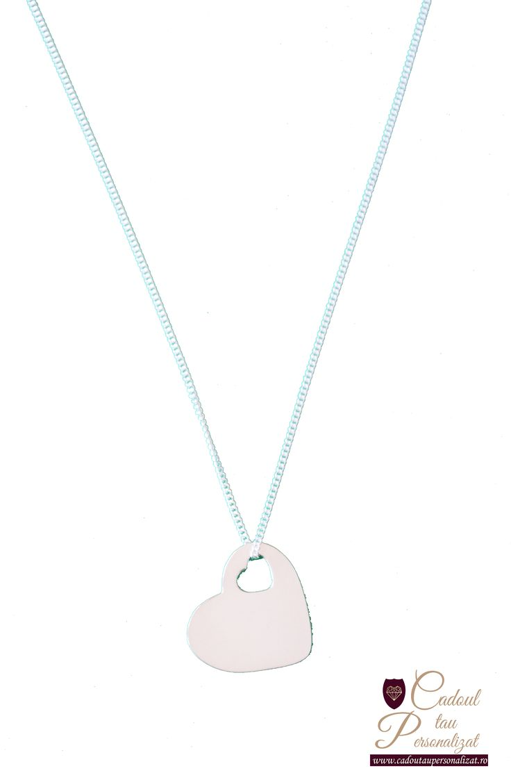 Coliere personalizate din argint, gravate cu poza si nume, fata si verso pandantiv! SuperPRET Colier Free Heart - 90 lei! Hai pe site si comanda chiar azi!