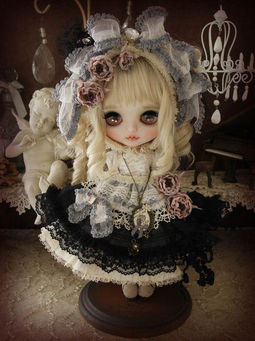 dark version by MilkTea