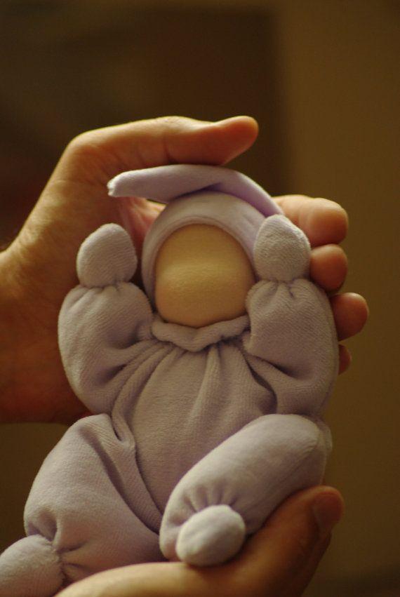 Muñeca Waldorf para bebé / Waldorf mariposa muñeca / por TaleWorld