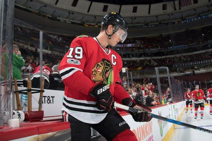 Jonathan Toews (2/23/17)