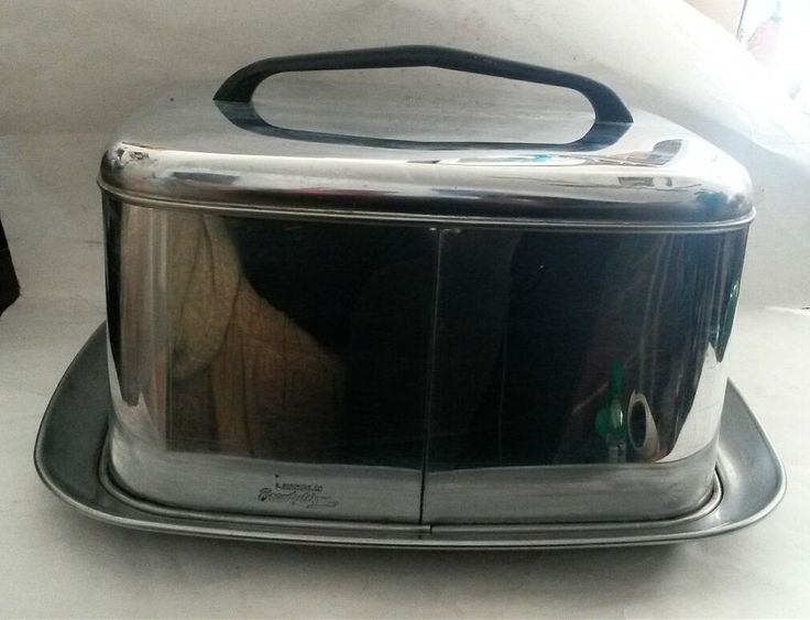 Mid Century Modern Lincoln Beautyware Chrome Locking Cake Carrier