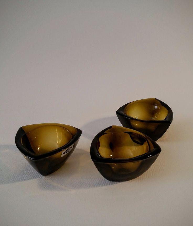 Kaj Franck 'Häränsilmä' Bullseye Nuutajärvi set of three amber bowls ashtrays by NordicFiesta on Etsy