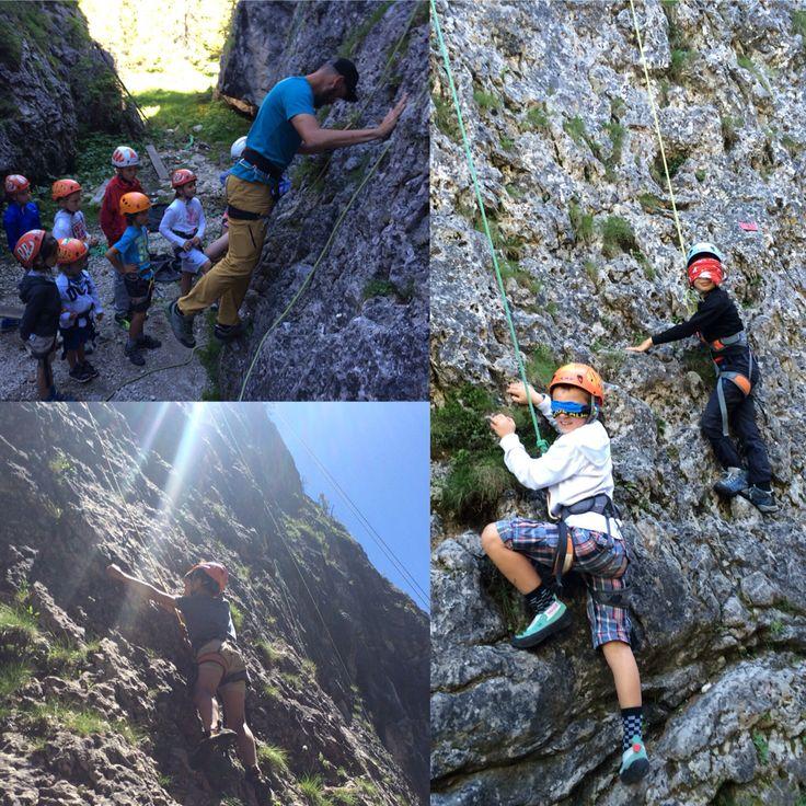L'arrampicata e i suoi propedeutici Guide Alpine Cortina  #larossacortina #scuolascicortina #guidecortina www.scuolascicortina.com/la-rossa-cortina-programma-settimanale/