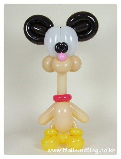 [Crazy Micky Mouse] 머리를 제외한 온몸의 털이 다 뽑힌 미키 마우스 입니다. 목은 정상보다 조금 길게...