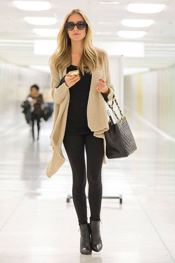 Stylish Fall Outfits For Women (17)
