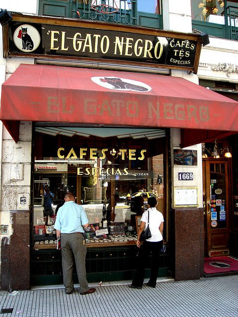 El Gato Negro - Av. Corrientes 1669 - Buenos Aires .... (they sell spices, coffee, tea and more... since 1927!. You can also go there to enjoy a coffee with a slice of delicious cake, surrounded by the wonderful smell of the spices)  ////  (venden especias, café, tés y más... desde 1927! También podés ír a tomarte un café con una porción de rica torta, rodeado del maravilloso aroma de las especias)