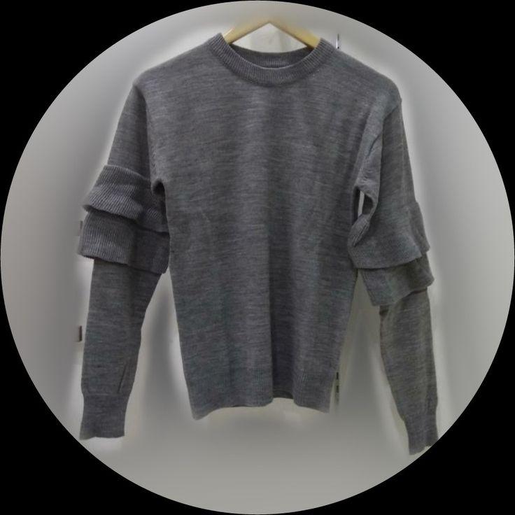 Rp. 85.000-  Knit Sweater with Ruffle - @hitanitya collection  harga : Rp 85k  Warna: Grey  Ukuran all size  Order/Tanya Sweater Rajut Ruffle Tangan :  WA : 0818 38 2027   foto Real Pict  FORMAT ORDER Sweater Rajut Ruffle Tangan :  Nama - Alamat - No hp - Order :  #rajut #undaktangan #tangan #ruffle #rajutmurah #grosirrajut #rajutruffle #fashiongram #muslimah #igstyle #fashionista #dressup #girls #brand #beauty #instafashion #igfashion #dreamdress #clothes #womensfashion #modesty #cute…