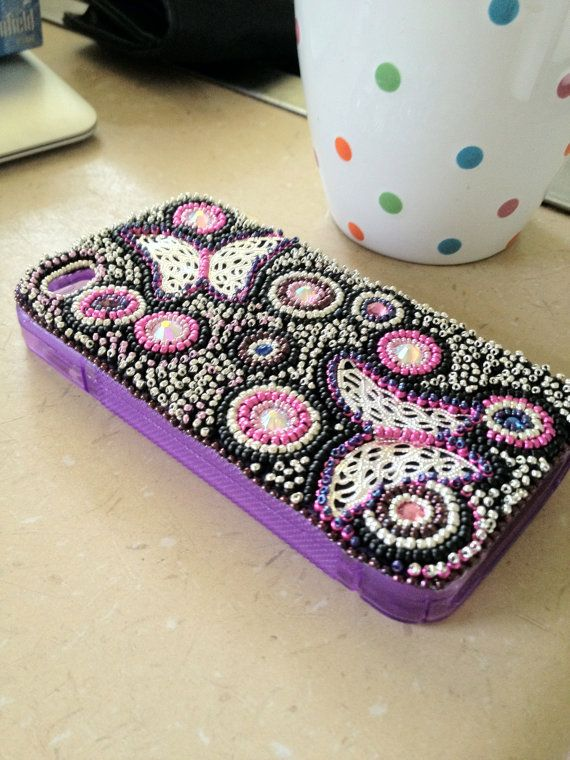 Bead Embroidered Phone Case Cover tutorial by josjewels1 on Etsy, $8.00 Now you can make your own!! :)