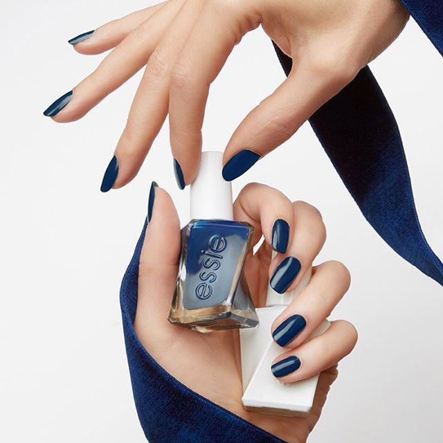 Essie Gel Couture Surrounded By Studs (Week Long Wear), Free ...