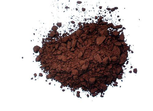 """I dolci preparati industrialmente sono, in poche parole, un composto di miscele tossiche! Il cacao amaro, senza zuccheri aggiunti, può diventare un componente importante per i vostri dessert e """"la voglia di dolce""""."""