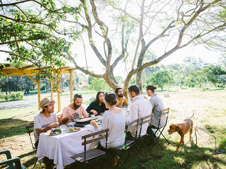 A COMMON2US FARM LUNCH #theslowpoke #farmers #farmtotable Photo: Luisa Brimble