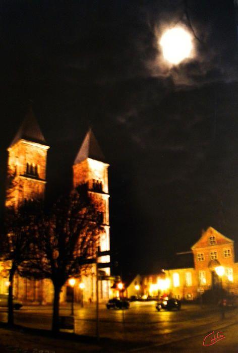 Midnight Fullmoon Cathedral Church, Viborg