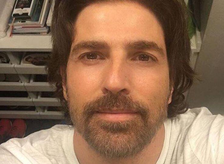 Noticias de Famosos – Reynaldo Gianecchini posta selfie diferente