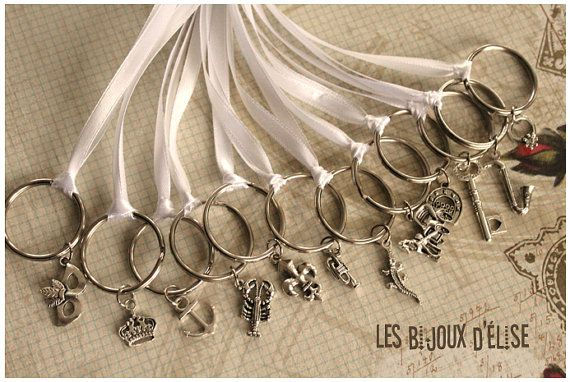 12 pcs New Orleans Wedding Cake Pull Key Chains by LesBijouxdElise