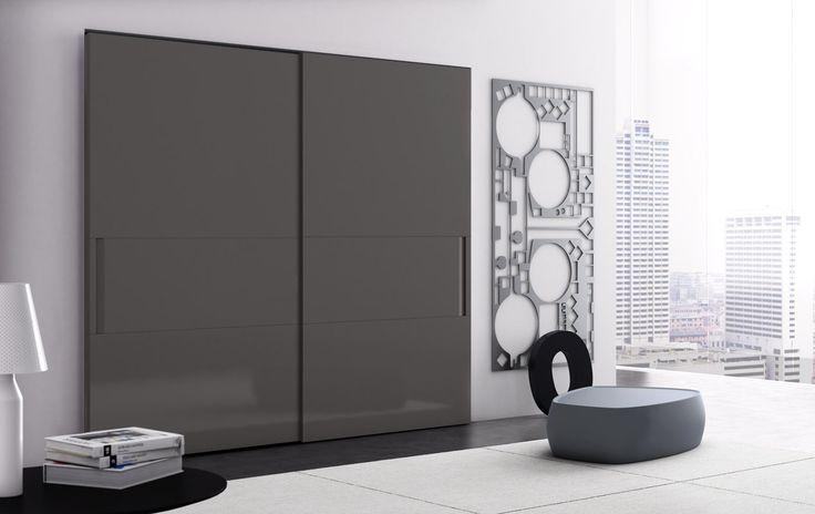 VELA scorrevole a due ante in laccato lucido grigio scuro | With two sliding doors in grigio scuro high gloss lacquered finish | PIANCA | www.pianca.com