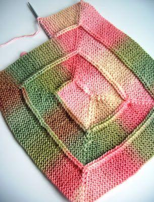 Exemple de tricot en spiral carré