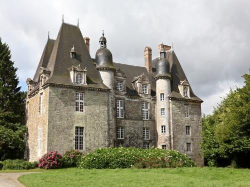 château de La Chapelle-Chaussée. Bretagne