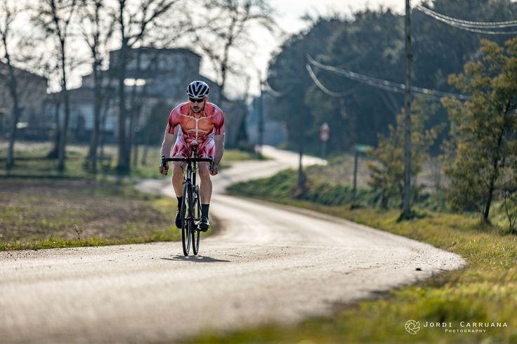 https://flic.kr/p/QvU531 | road cycling | Photo by Jordi Carruana model: Arnau M. cycling kit: muscleskinsuit.com