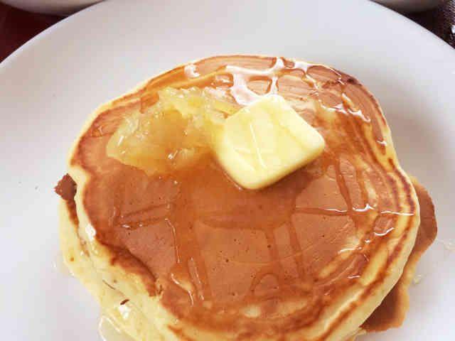 1人朝ごはん☆ふんわりホットケーキの画像