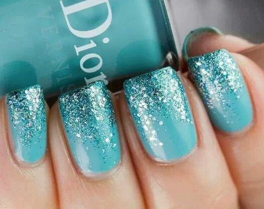 Reminds me of when the sun hits the sea and the water starts to sparkle :)