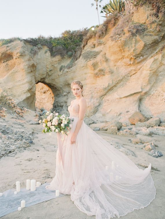 Dreamy and Ethereal Bride of the Sea | Wedding Sparrow | Carmen Santorelli Photography
