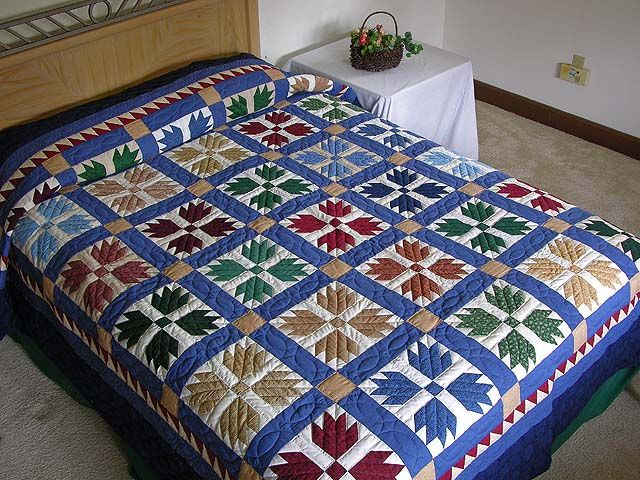 Bears Paw Quilt -- wonderful made with care Amish Quilts from Lancaster (hs1666)