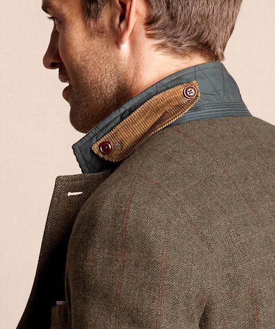 Cool corduroy collar detail. like the standup collar too